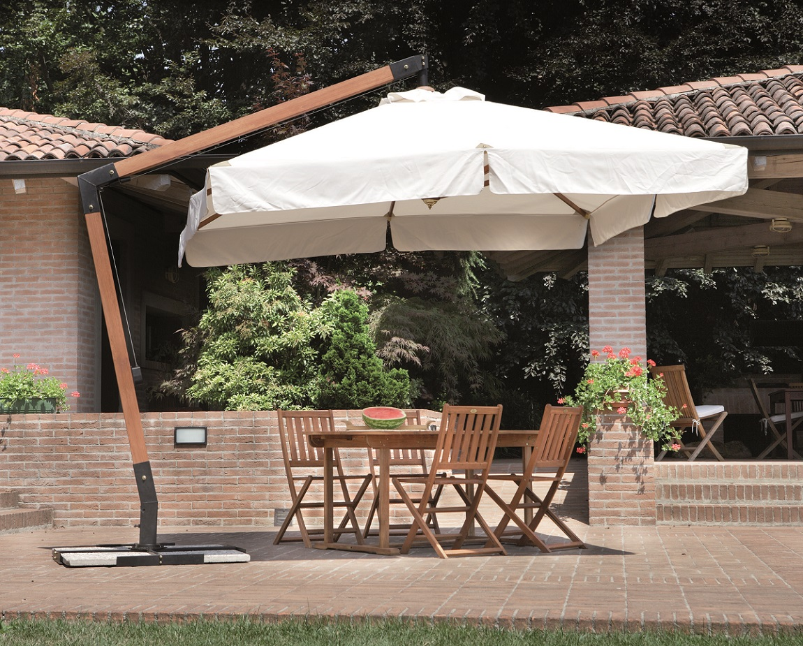 Ombrelloni da giardino lucca for Salottini esterno economici